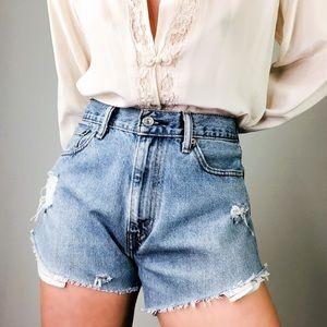 VINTAGE LEVIS | 505 Distressed CutOff Denim Shorts